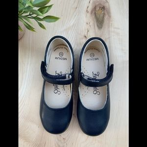 Footmates girls Navy dress shoes Liz New
